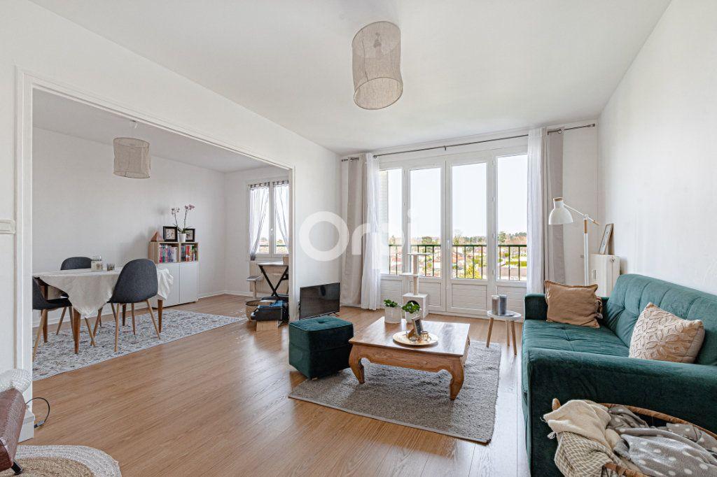 Appartement à vendre 4 69.9m2 à Limoges vignette-2
