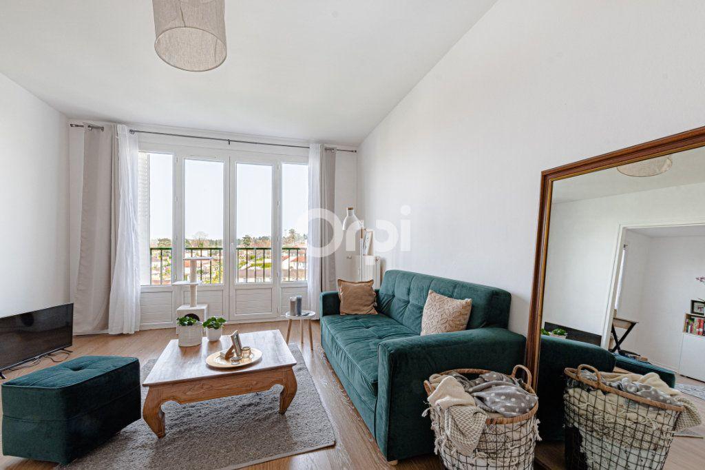 Appartement à vendre 4 69.9m2 à Limoges vignette-8