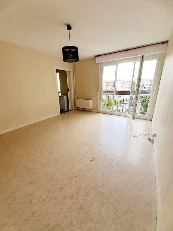 Appartement à louer 1 30.19m2 à Limoges vignette-1