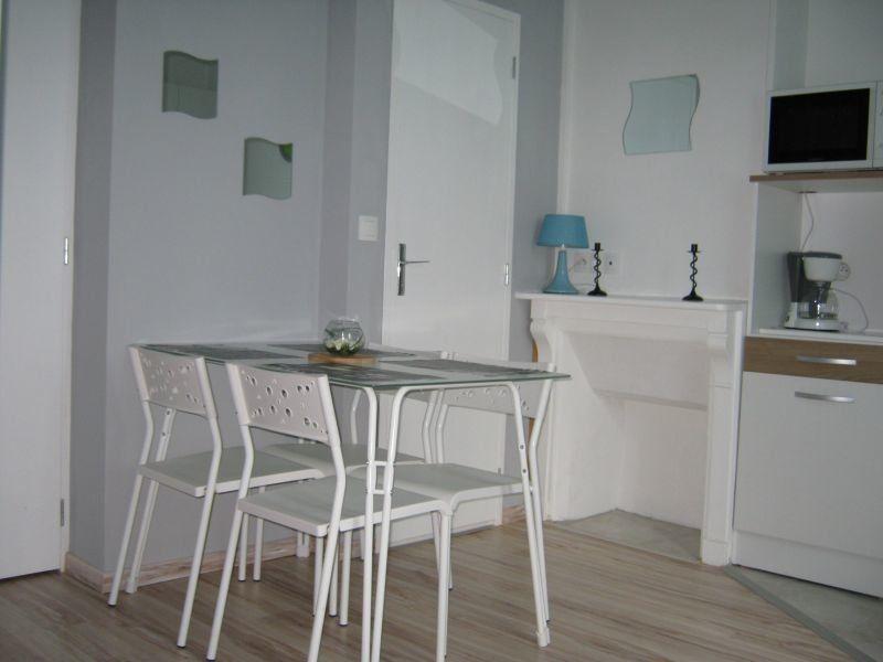 Appartement à louer 1 16m2 à Limoges vignette-3