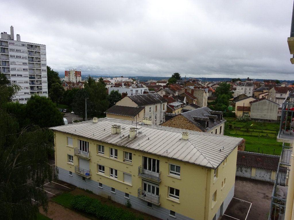 Appartement à louer 1 24.99m2 à Limoges vignette-2