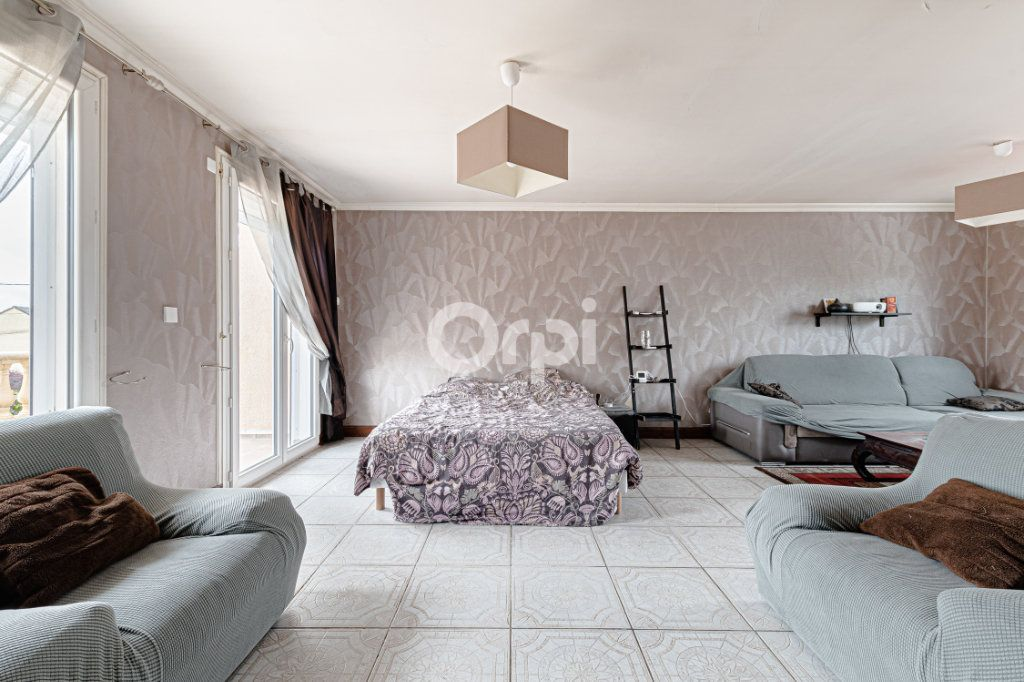 Maison à vendre 8 185m2 à Rilhac-Rancon vignette-10