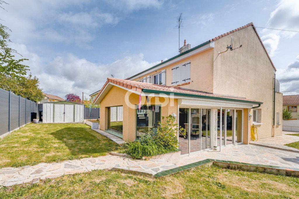Maison à vendre 8 185m2 à Rilhac-Rancon vignette-17