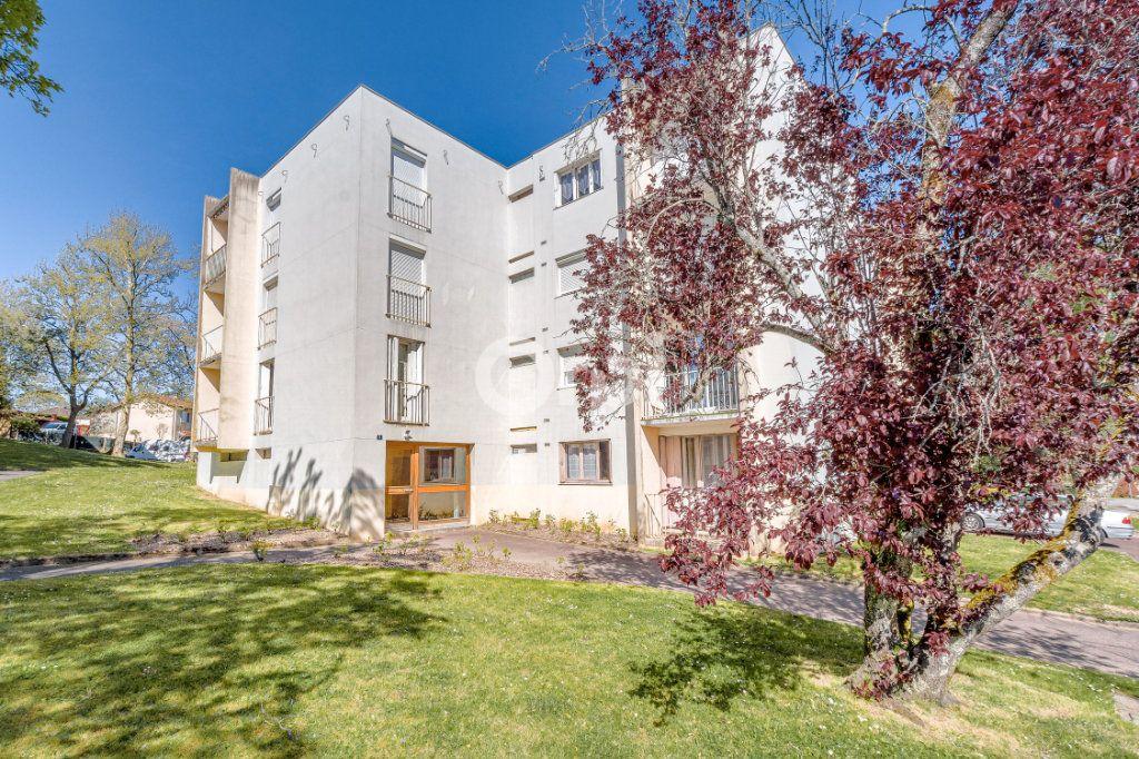 Appartement à vendre 2 52.05m2 à Limoges vignette-2