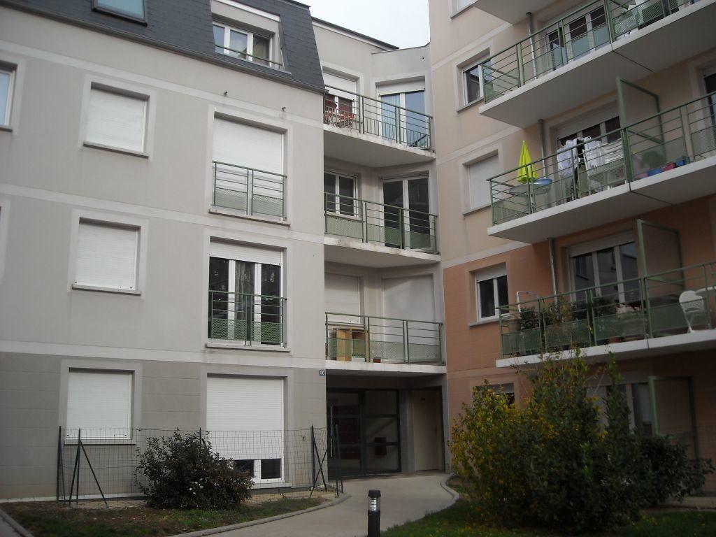 Appartement à louer 2 52.7m2 à Limoges vignette-6