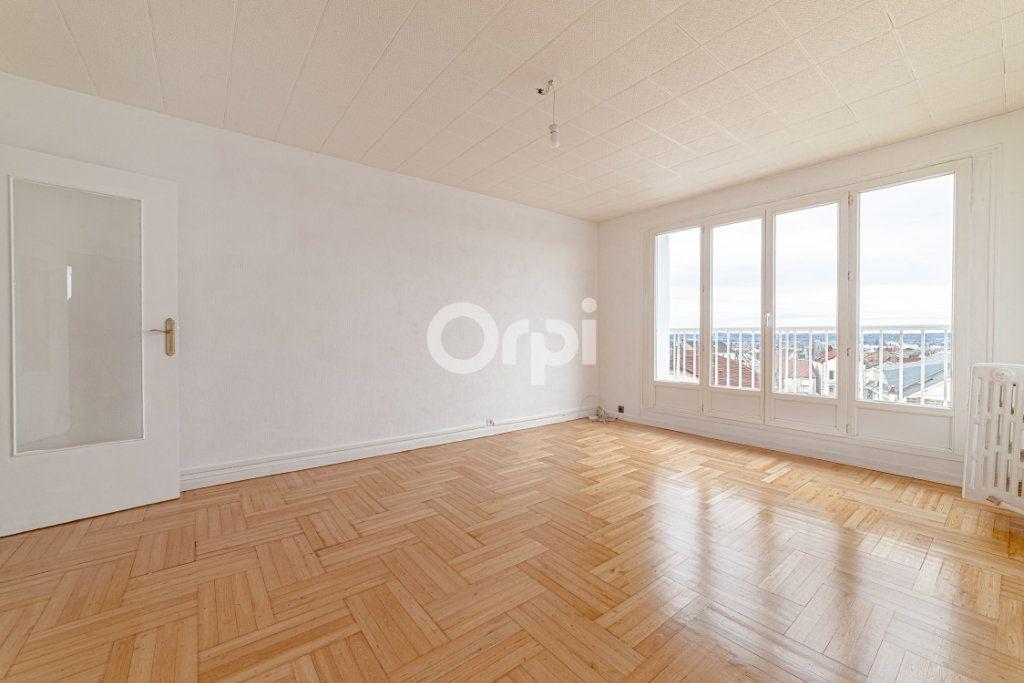 Appartement à louer 3 53.65m2 à Limoges vignette-1