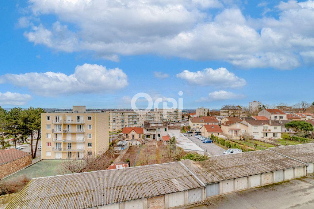 Appartement à louer 3 53.65m2 à Limoges vignette-9