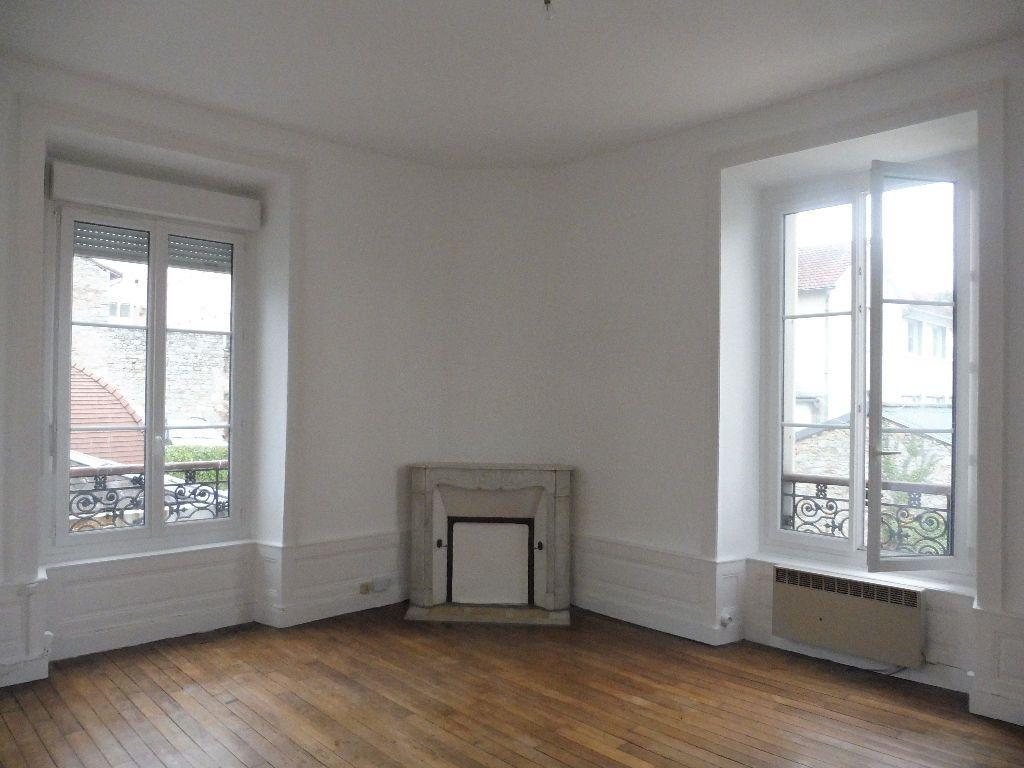 Appartement à louer 2 48m2 à Limoges vignette-2