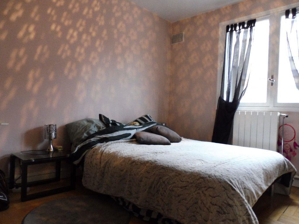 Appartement à louer 2 41.25m2 à Limoges vignette-2
