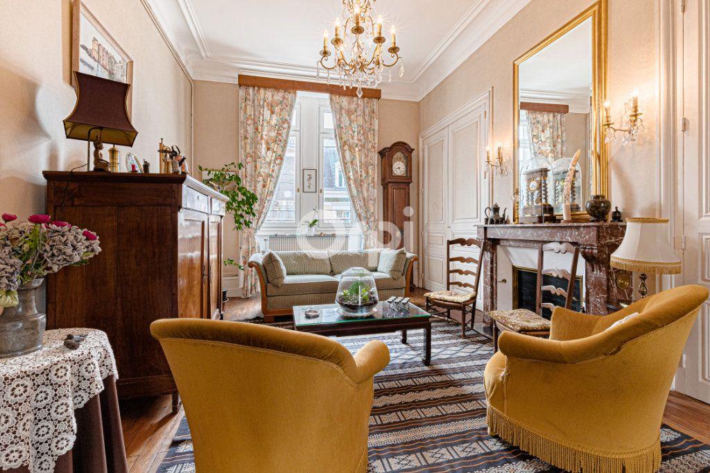 Appartement à vendre 5 121m2 à Limoges vignette-5