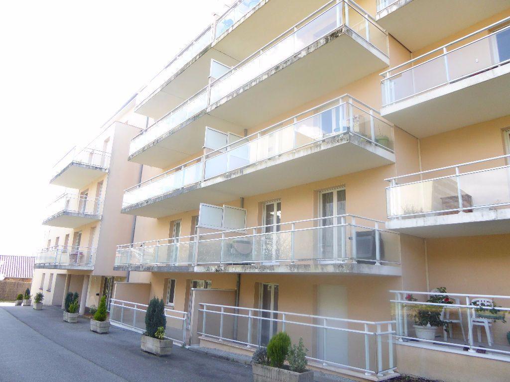 Appartement à louer 2 42.83m2 à Limoges vignette-1