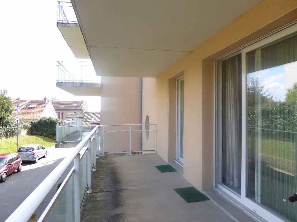 Appartement à louer 2 42.83m2 à Limoges vignette-2