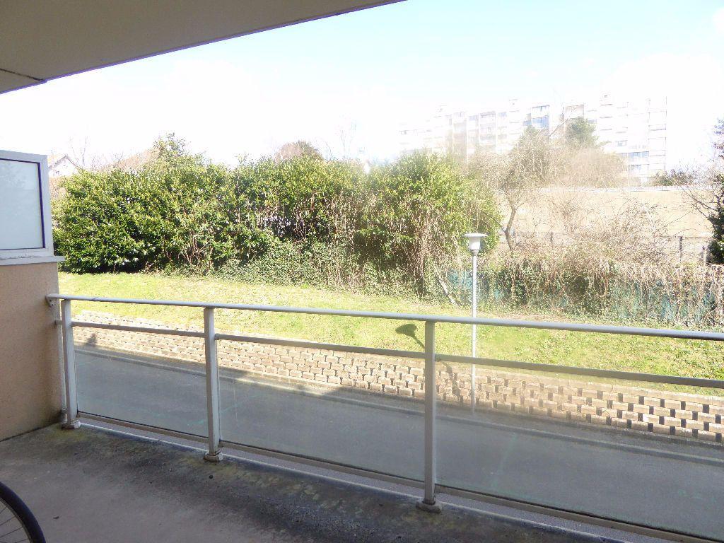 Appartement à louer 2 42.83m2 à Limoges vignette-3