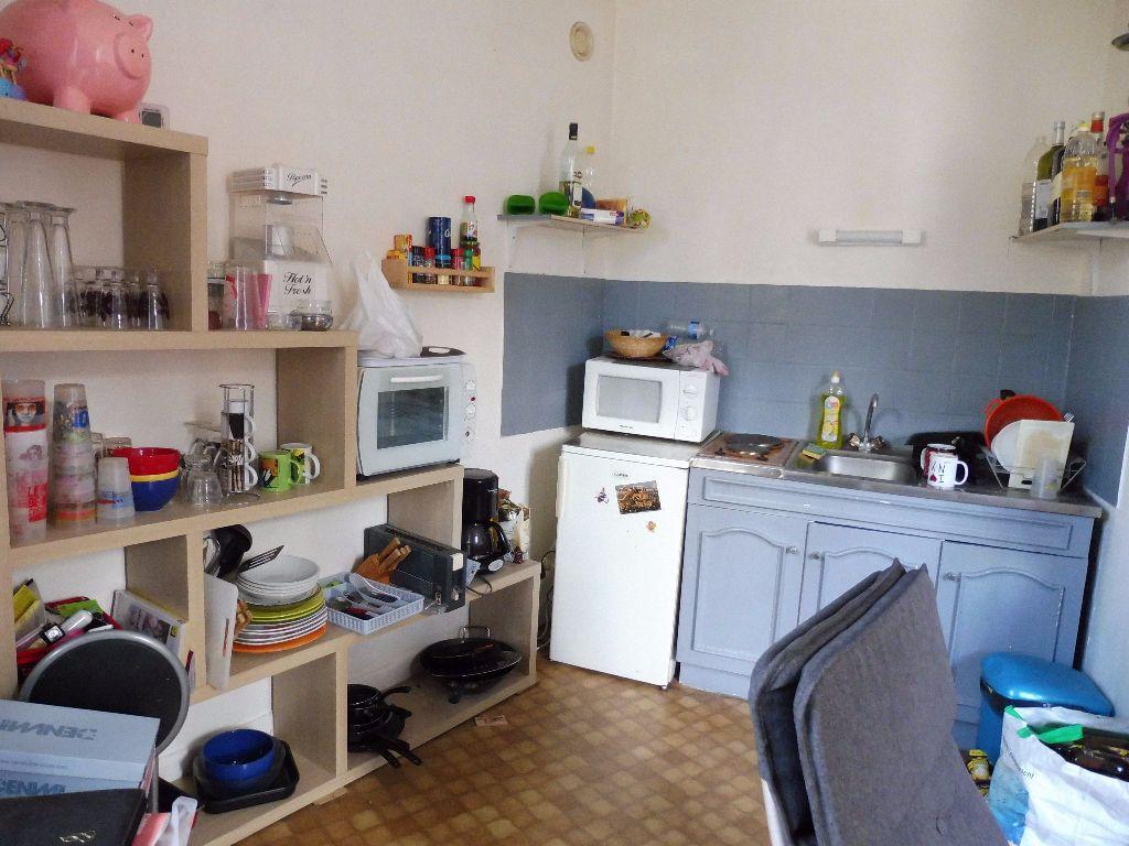 Appartement à louer 2 30.46m2 à Limoges vignette-4