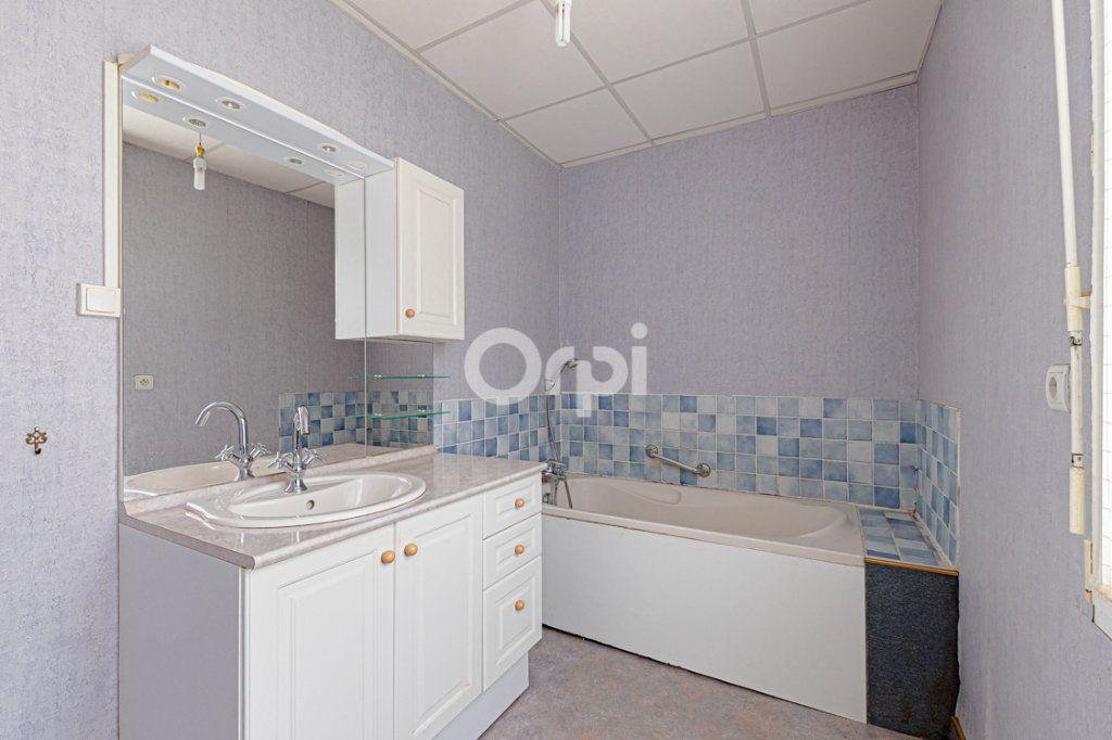 Maison à vendre 5 107.4m2 à Vaulry vignette-9