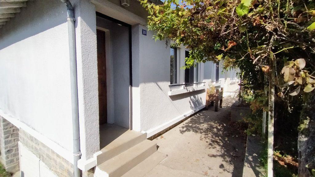 Maison à louer 3 60m2 à Limoges vignette-2