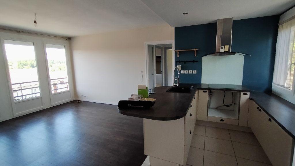 Maison à louer 3 60m2 à Limoges vignette-5