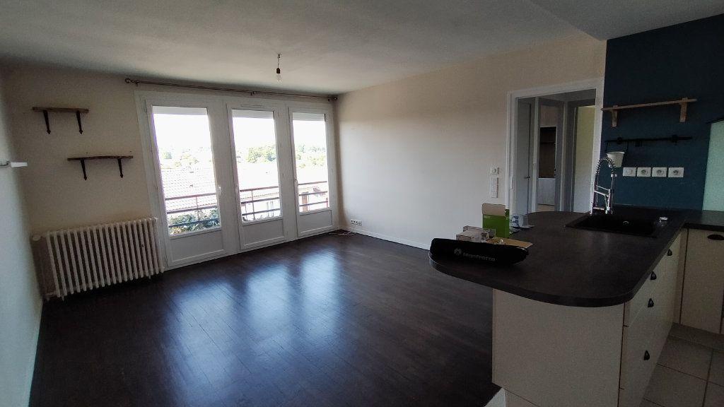 Maison à louer 3 60m2 à Limoges vignette-6