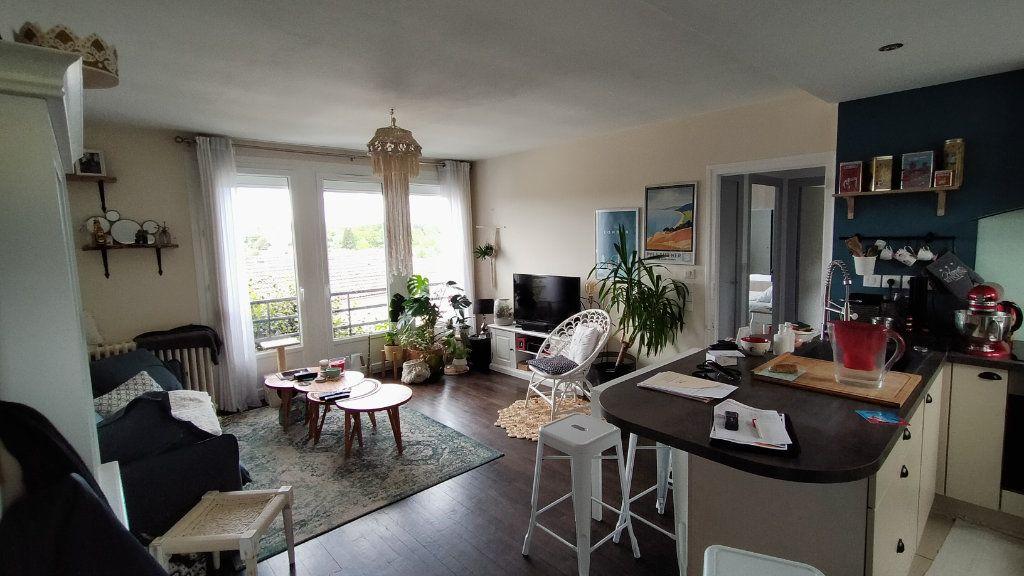 Maison à louer 3 60m2 à Limoges vignette-13