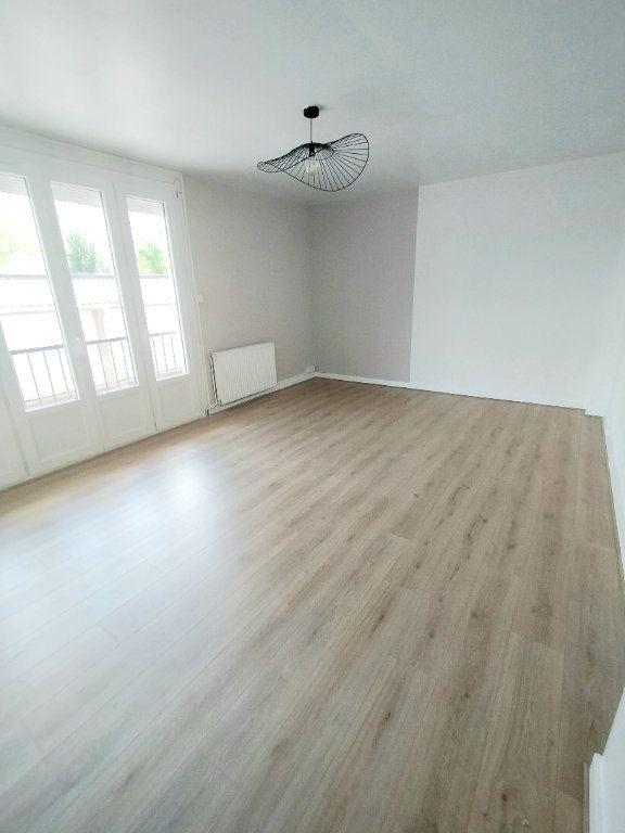 Appartement à louer 3 57m2 à Limoges vignette-1
