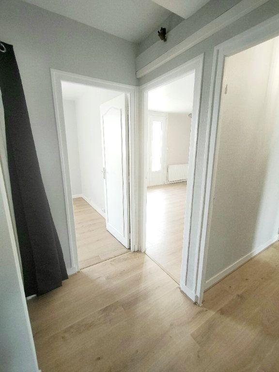 Appartement à louer 3 57m2 à Limoges vignette-9