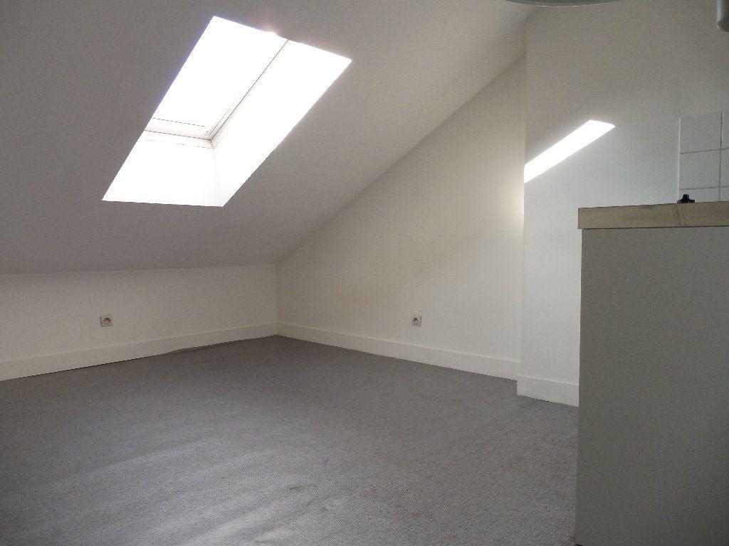 Appartement à louer 1 15m2 à Limoges vignette-1