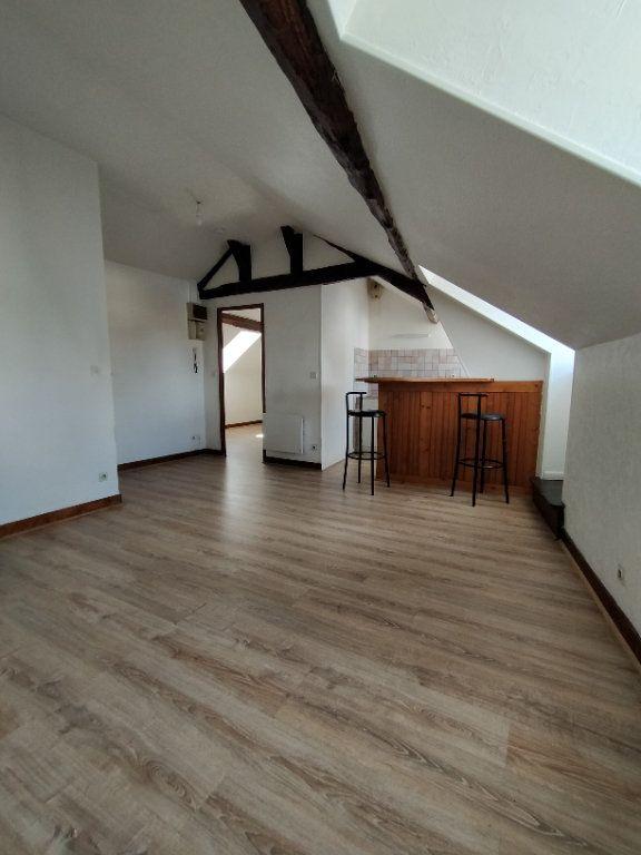 Appartement à louer 2 30.18m2 à Limoges vignette-1