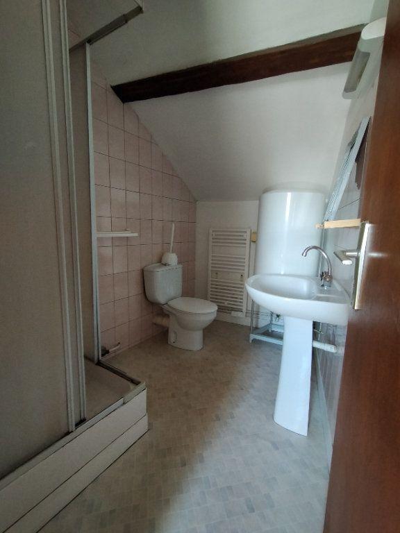 Appartement à louer 2 30.18m2 à Limoges vignette-3