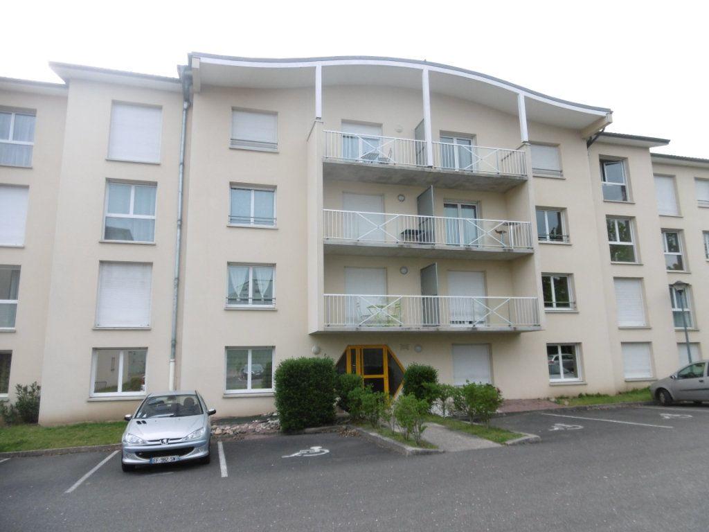 Appartement à louer 2 35.03m2 à Limoges vignette-1