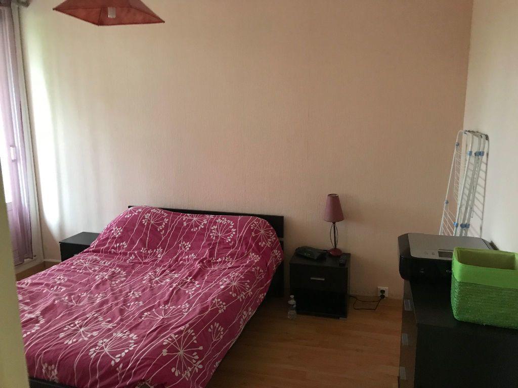 Appartement à louer 2 52.2m2 à Limoges vignette-5