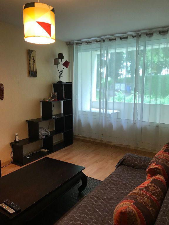 Appartement à louer 2 52.2m2 à Limoges vignette-11
