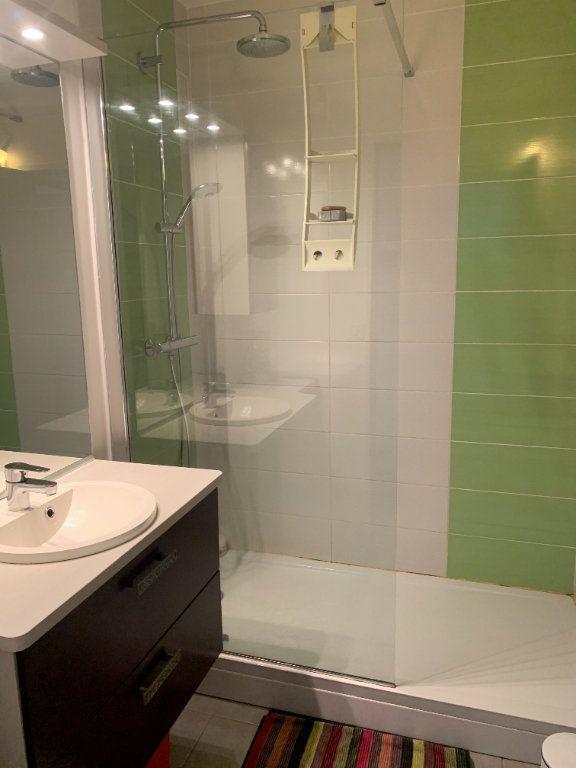 Appartement à louer 3 64.77m2 à Limoges vignette-8