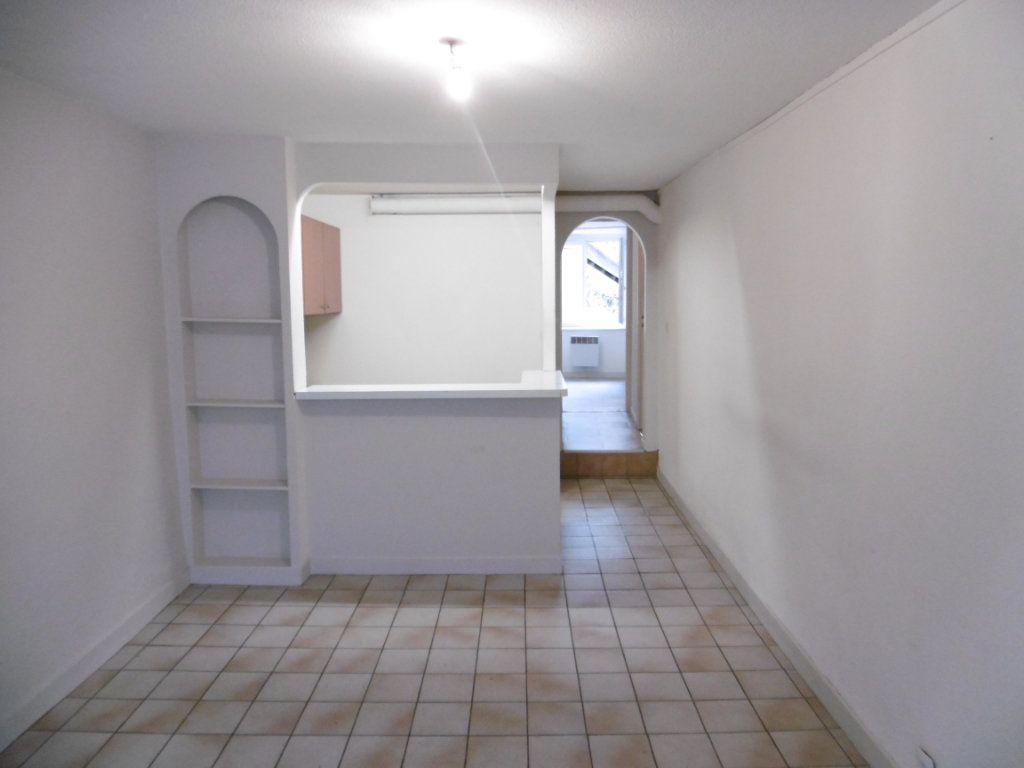 Appartement à louer 1 33m2 à Aixe-sur-Vienne vignette-6