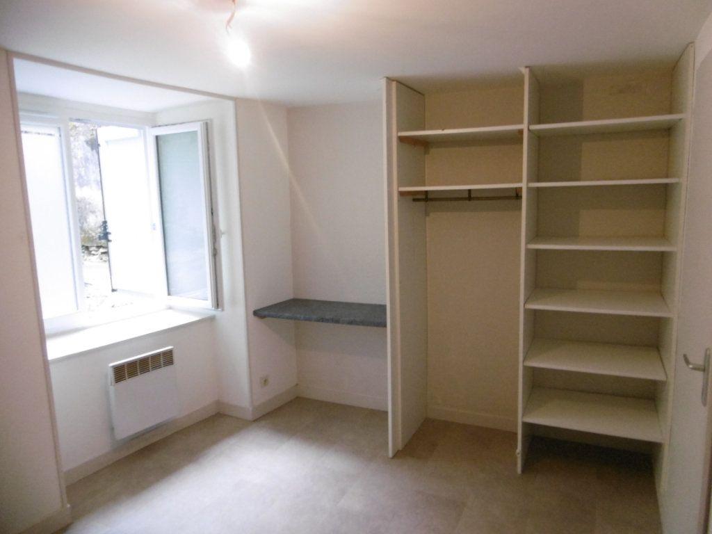 Appartement à louer 1 33m2 à Aixe-sur-Vienne vignette-10