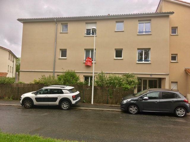 Appartement à louer 2 46.81m2 à Limoges vignette-7
