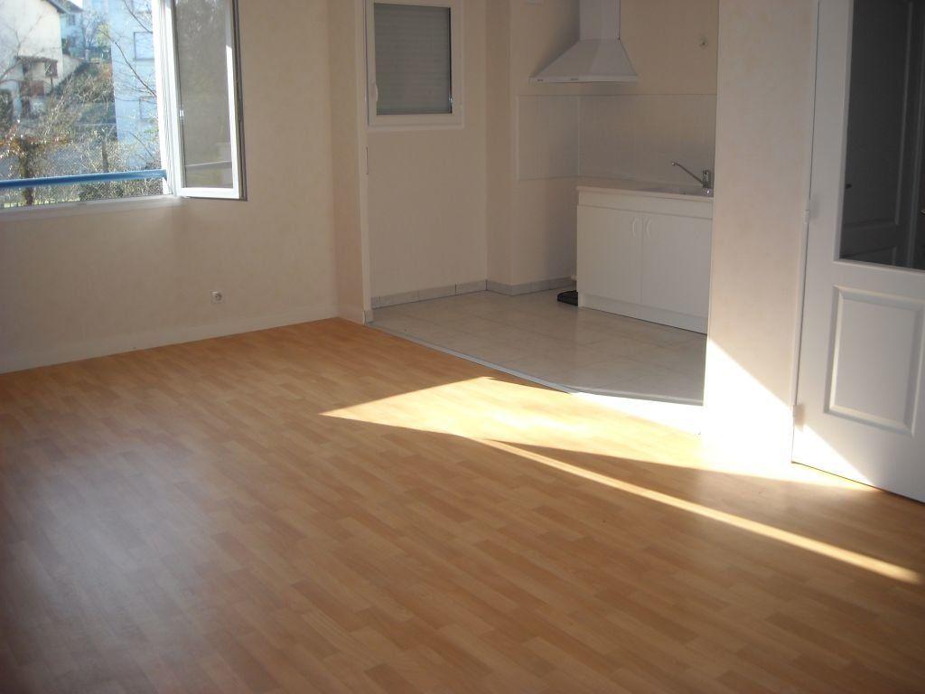 Appartement à louer 2 46.81m2 à Limoges vignette-8