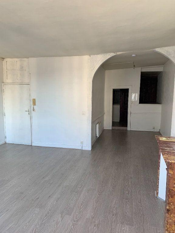 Appartement à louer 1 41.18m2 à Limoges vignette-3