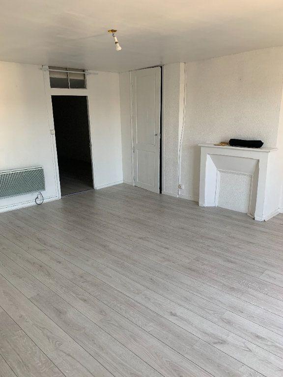 Appartement à louer 2 45.46m2 à Limoges vignette-3