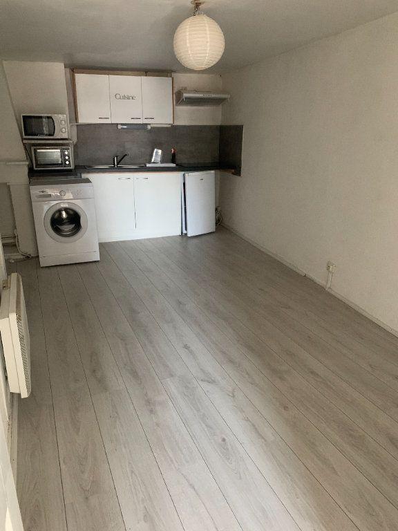 Appartement à louer 2 45.46m2 à Limoges vignette-4