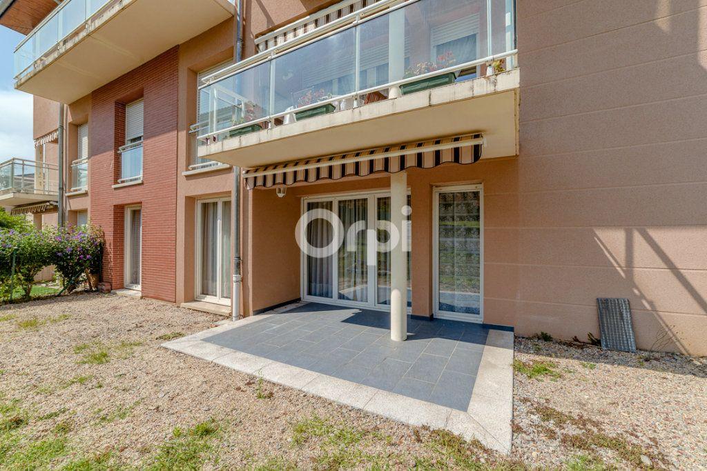 Appartement à louer 3 64.14m2 à Limoges vignette-1