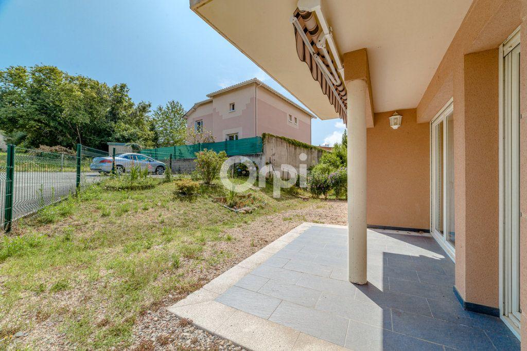 Appartement à louer 3 64.14m2 à Limoges vignette-8