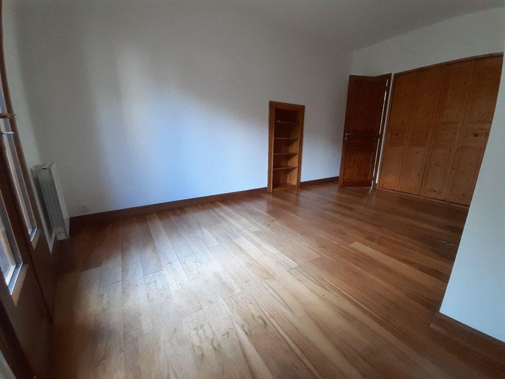 Appartement à louer 3 67.33m2 à Limoges vignette-6