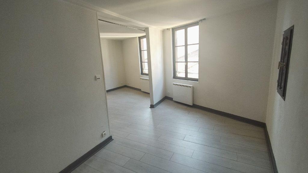 Appartement à louer 2 41.13m2 à Limoges vignette-4
