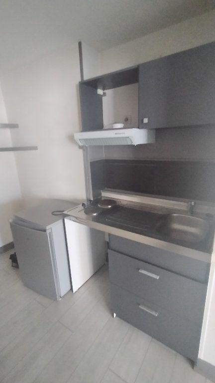 Appartement à louer 2 41.13m2 à Limoges vignette-5