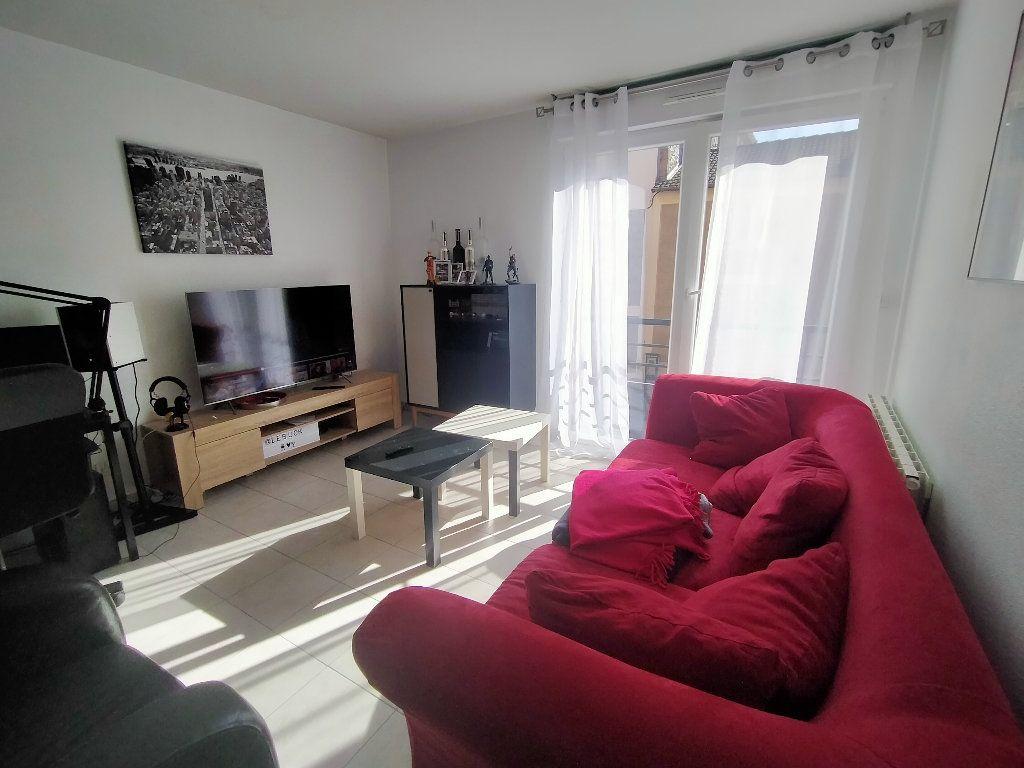 Appartement à louer 2 39.96m2 à Limoges vignette-1