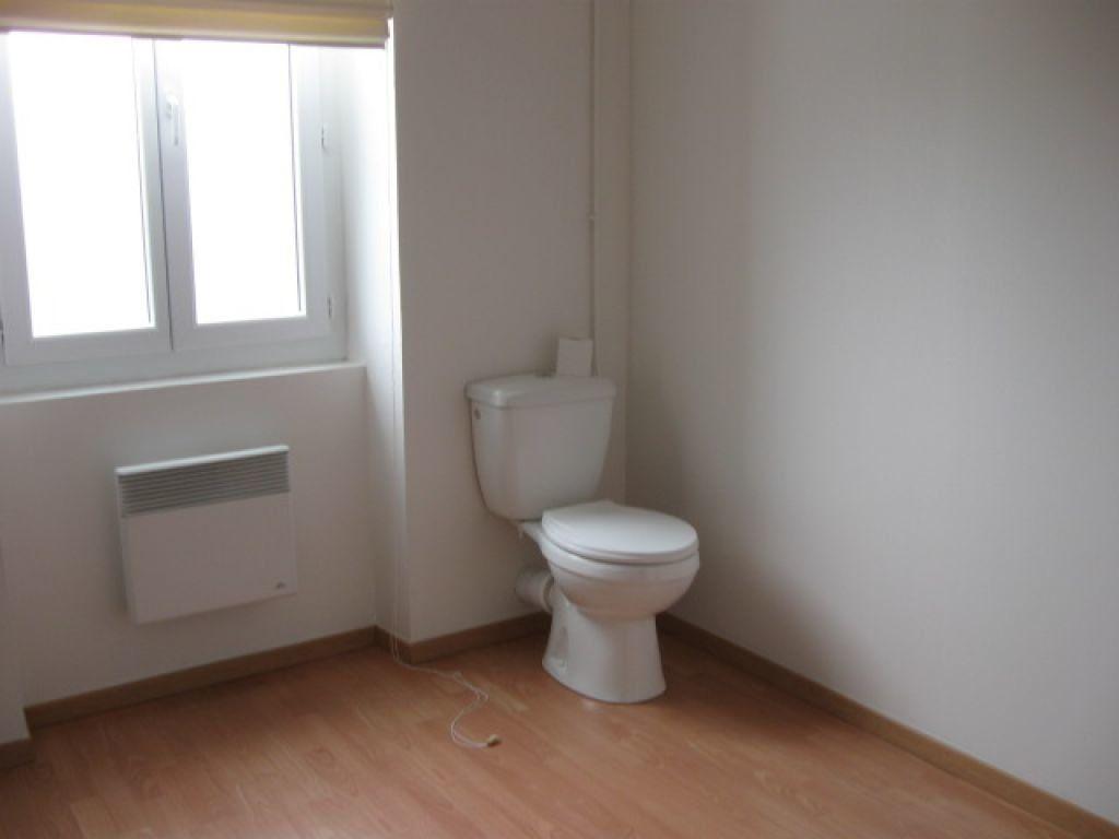 Appartement à louer 1 29m2 à Mont-de-Marsan vignette-6