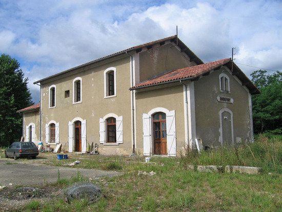 Maison à vendre 10 330m2 à Roquefort vignette-1