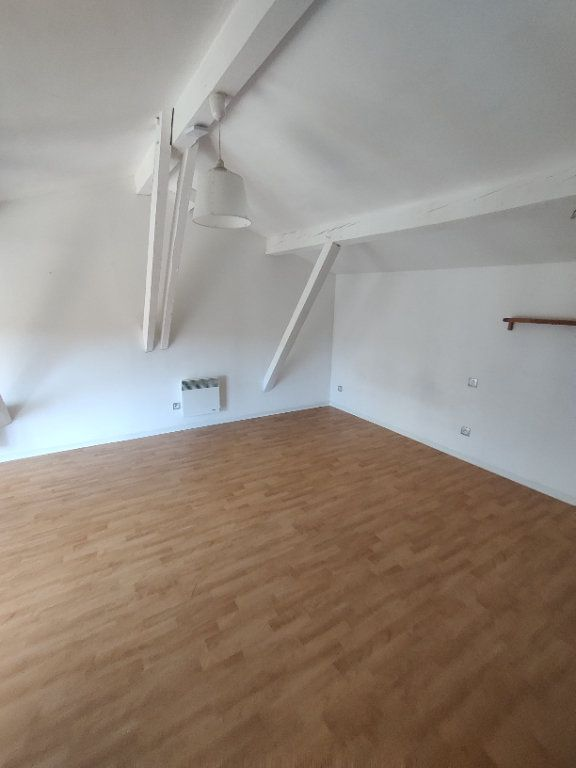 Appartement à louer 1 24m2 à Mont-de-Marsan vignette-3