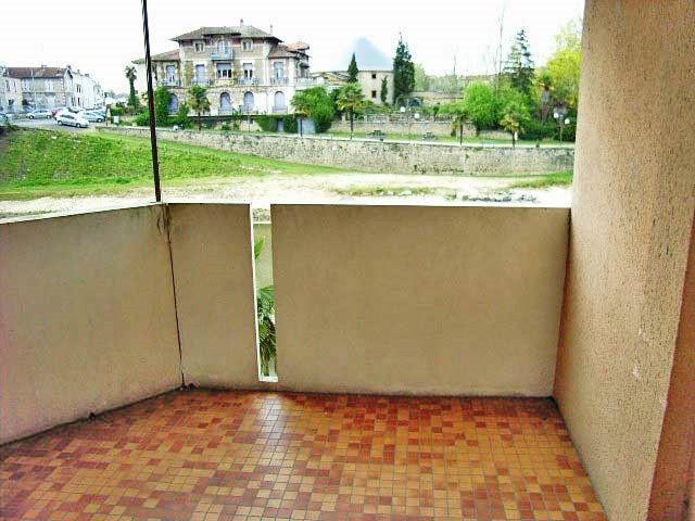 Appartement à louer 1 35m2 à Mont-de-Marsan vignette-7