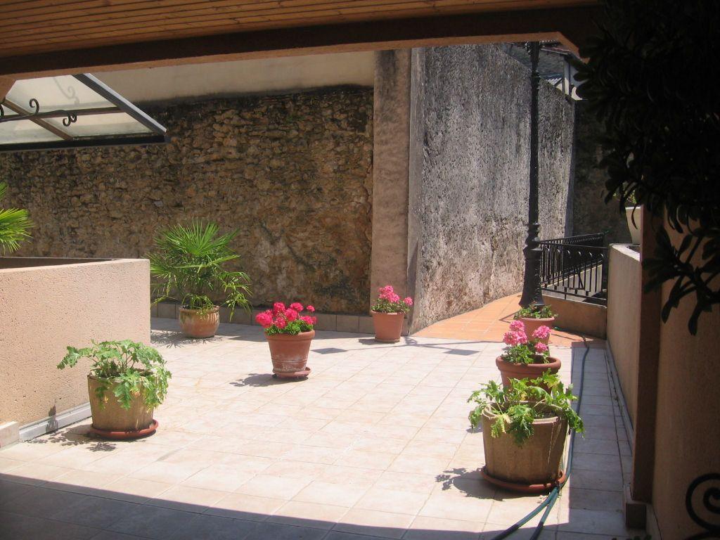 Appartement à louer 1 35m2 à Mont-de-Marsan vignette-10
